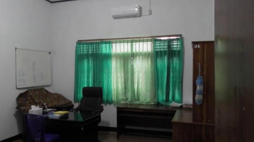 Ruang Dosen 1