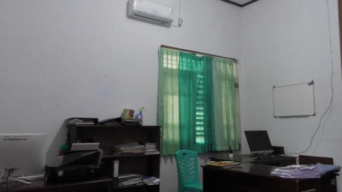 Ruang Dosen 4